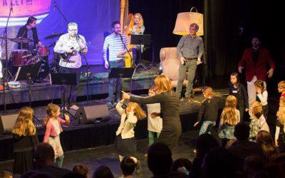 Pišlické příběhy na Strunách dětem znovu roztančily nadšené dětské diváky